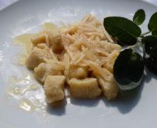 Gnocchi di patate e quinoa al burro e salvia